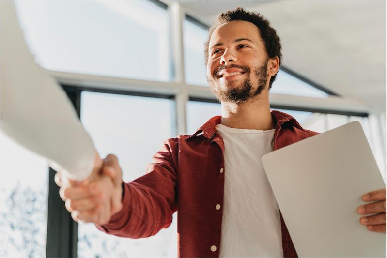 O caminho para conquistar seu primeiro emprego